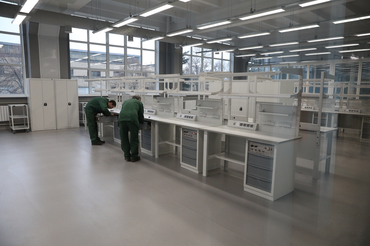 На запорожском предприятии «Искра» будут изготавливать цифровые модули для радиолокационных станций - ФОТО