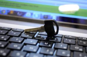 Жители Запорожской области за два месяца получили почти 13 тысяч электронных ключей