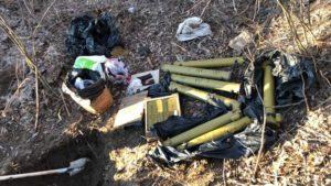 СБУшники обнаружили в Запорожской области схроны с боеприпасами, привезенными из зоны ООС - ФОТО