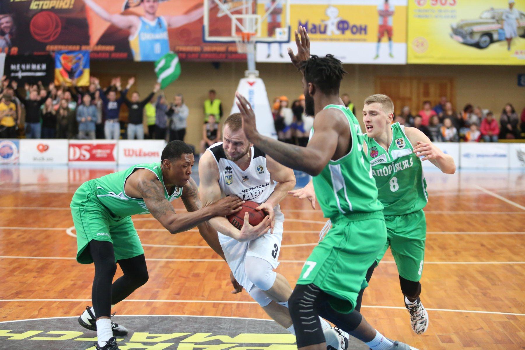 Запорожские баскетболисты собираются взять реванш и вырвать путевку в полуфинал Суперлиги