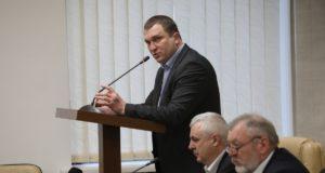 Замгубернатора по вопросам промышленности задекларировал зарплату в 726 тысяч гривен