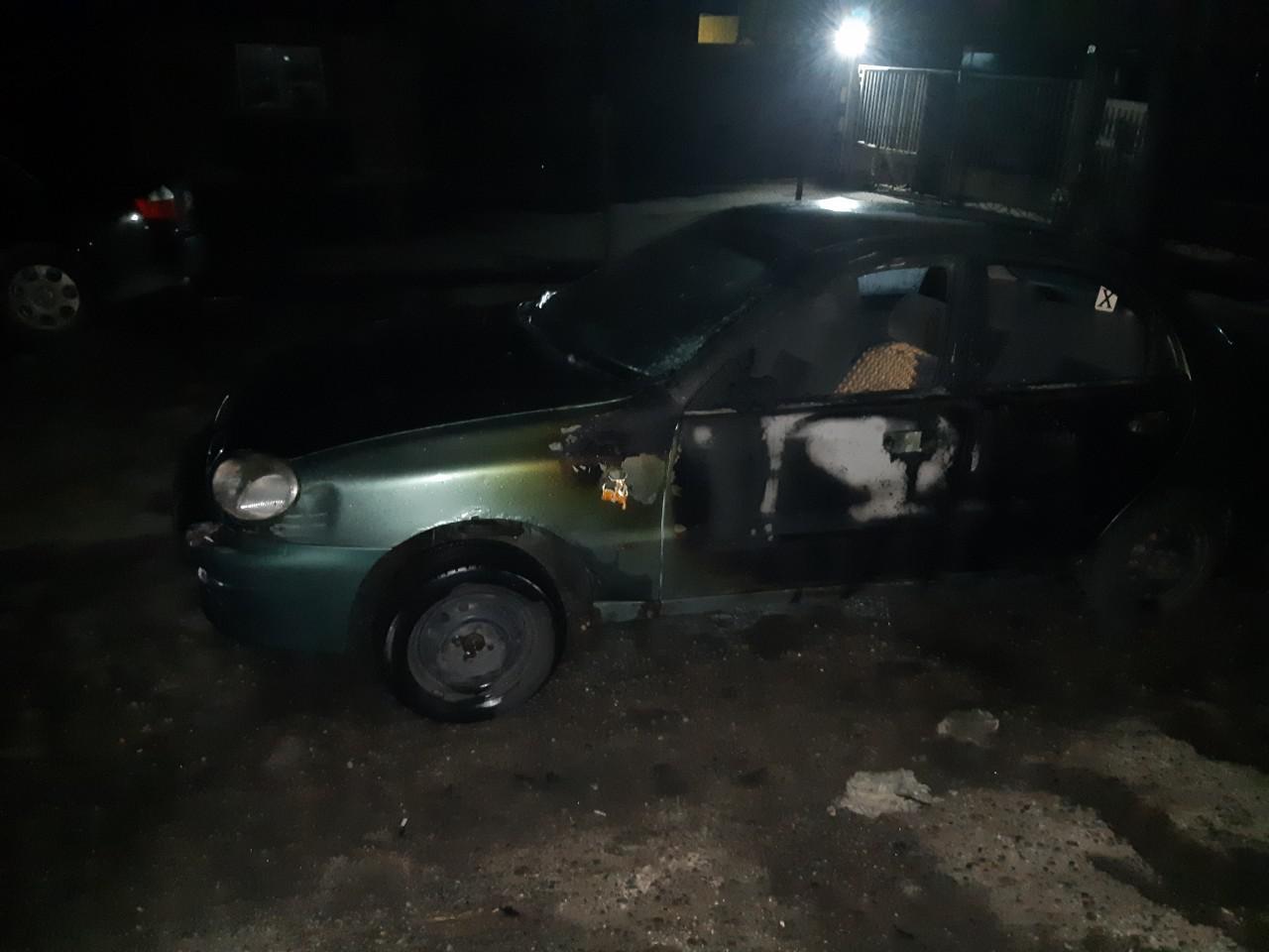 В Запорожье сгорел автомобиль