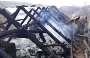 В Запорожской области горела летняя кухня - ФОТО