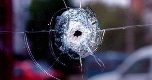 В Хортицком районе Запорожья обстреляли автобус с пассажирами