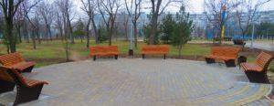 В Хортицком районе восстановили разрушенный вандалами сквер - ФОТО