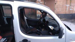 В Запорожье повредили автомобиль экоактивисту, который выступает против застройки парка в центре города