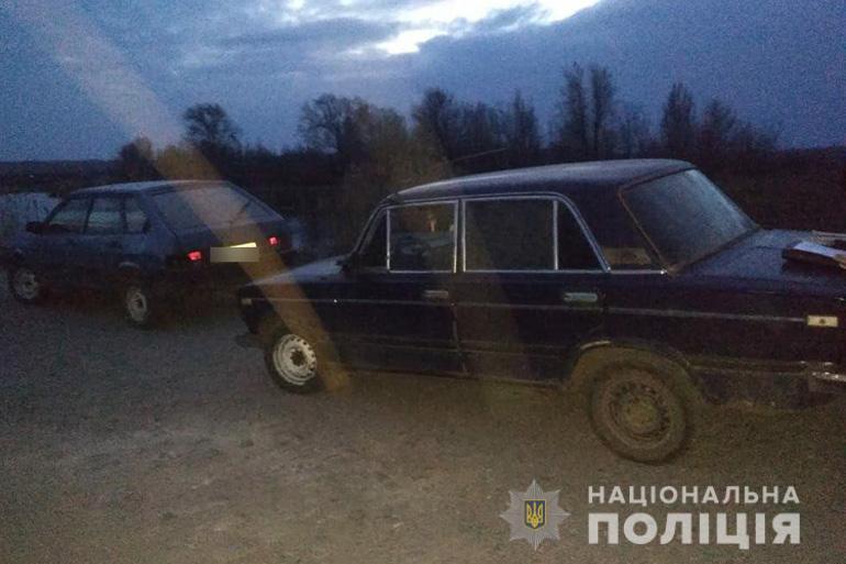 В Запорожской области пьяный парень угнал машину и попал в ДТП, пытаясь скрыться от полиции - ФОТО