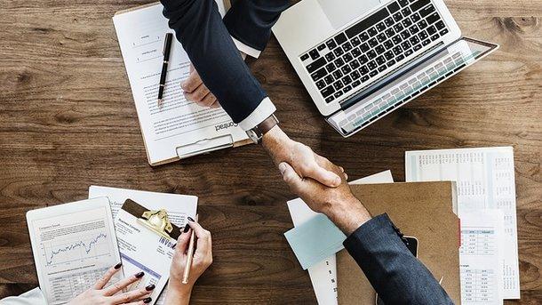 Безработным жителям Запорожья и области предлагают более трех тысяч вакансий