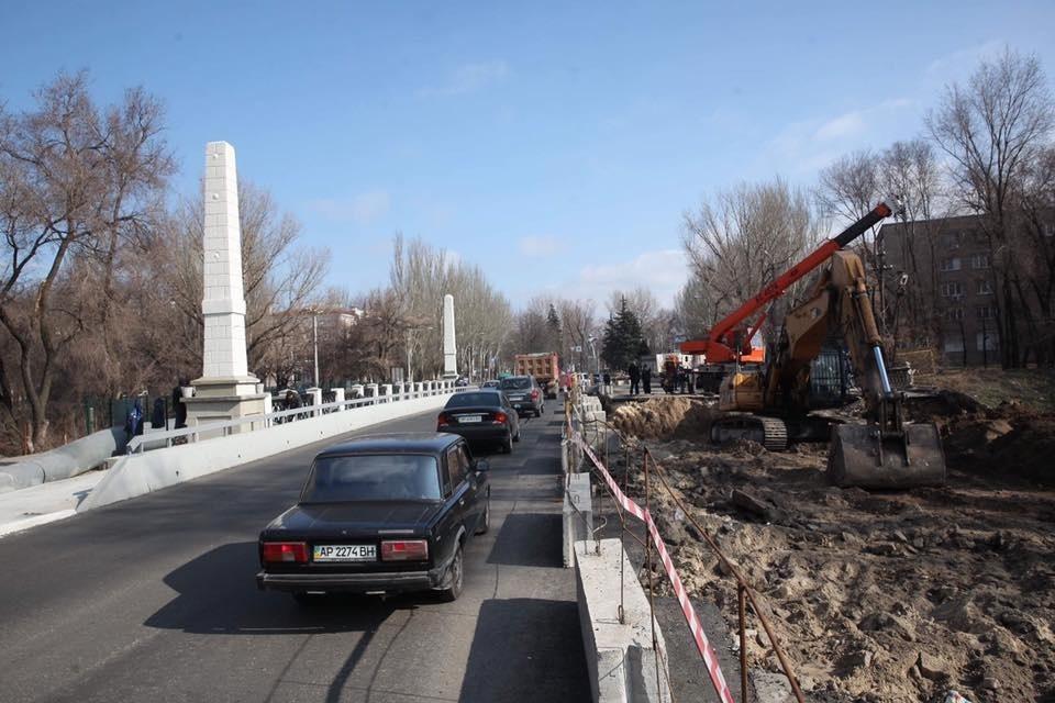 Реконструкция путепровода на Металлургов: начался второй этап работ - ФОТО