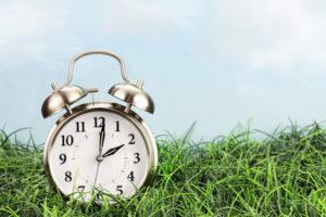 Запорожцам на заметку: когда необходимо переводить часы на летнее время