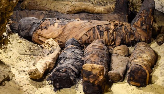 Археологи нашли в Египте скрытую гробницу с десятками мумий - ФОТО