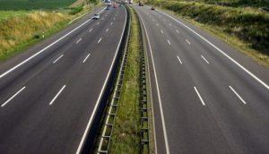 Министр инфраструктуры заявил, что многострадальную дорогу «Запорожье-Мариуполь» закончат строить в 2020 году