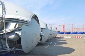 В китайском порту загрузили комплектующие для ВЭС, которую строят в Запорожской области - ФОТО, ВИДЕО