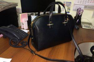 В Запорожье в больнице мужчина украл из кабинета врача сумку