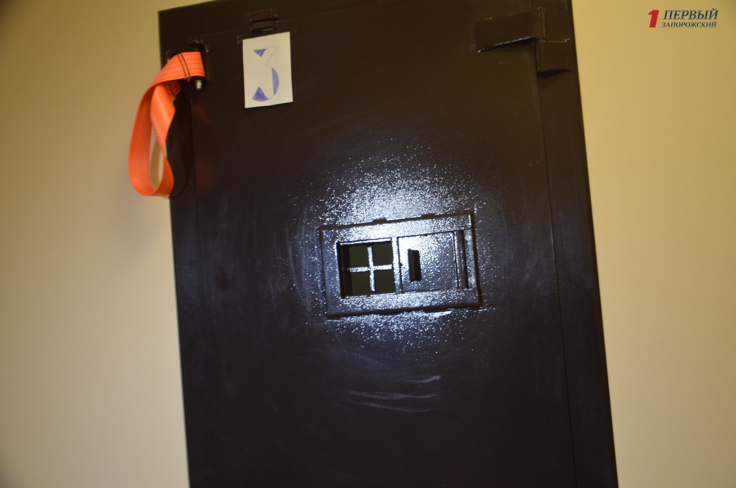В Запорожье обвиняемый в краже и грабеже наложил на себя руки в здании суда