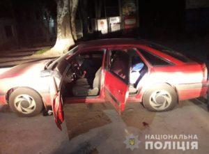 В Запорожье преступная группа из трех человек вскрыла офис и попыталась сбежать от полицейских - ФОТО