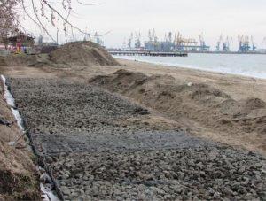 В Запорожской области после вмешательства депутатов подрядчик заменил серосодержащие материалы