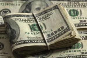 В Запорожье осудили пару, которая пыталась продать своего двухлетнего сына за 5 тысяч долларов