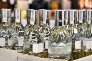 В Запорожье отправили под суд организаторов подпольного цеха по производству алкогольного фальсификата - ФОТО