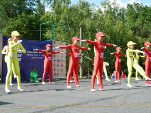 В Запорожье взрослые и дети посетили семейный фестиваль «Файнокрай» в центральном парке