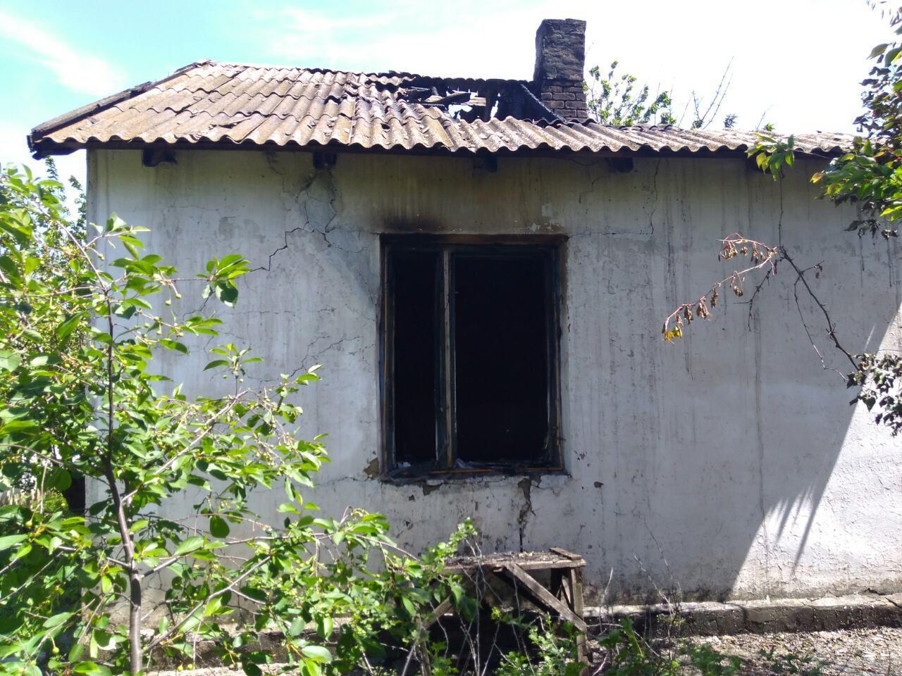 В Запорожской области сгорел одноэтажный дом: погибла женщина - ФОТО