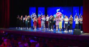 В Запорожье прошел четвертьфинал Лиги Смеха: результаты - ВИДЕО