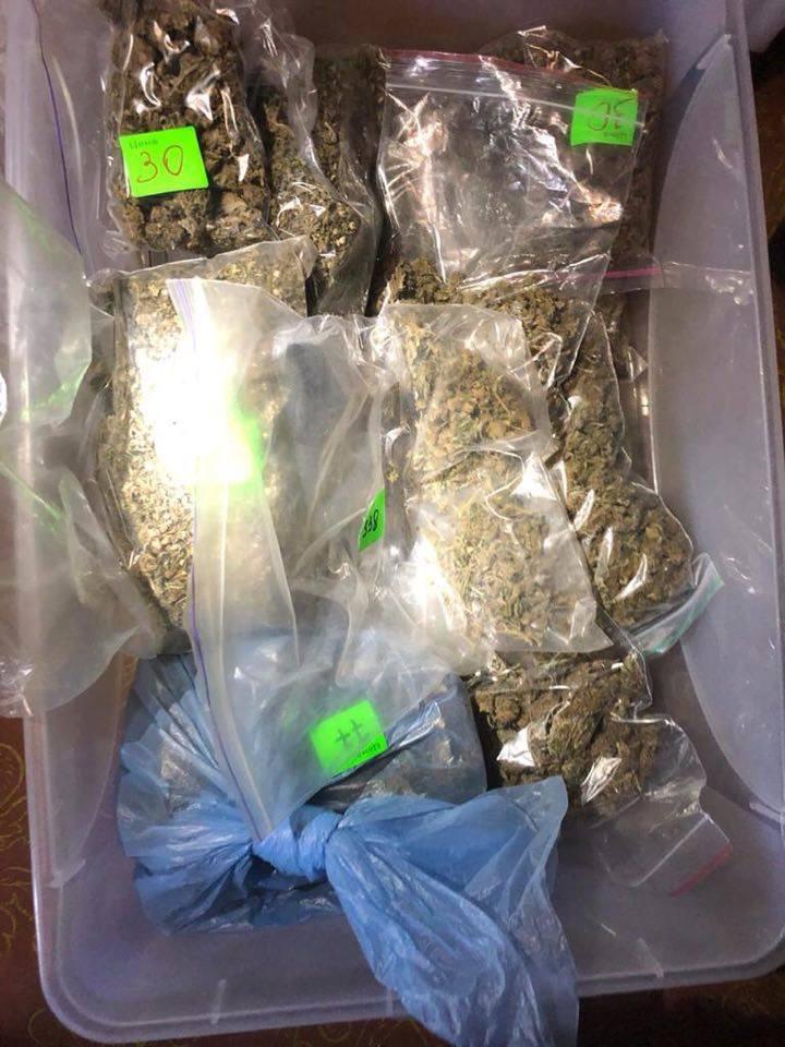 В Запорожье СБУшники задержали группу наркоторговцев криминального авторитета