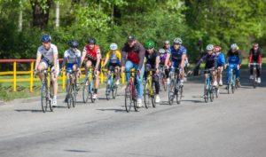 В Запорожье ко Дню Победы состоялся велопробег - ФОТО