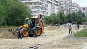 В Запорожье завершается строительство новой дороги на улице Школьной - ФОТО