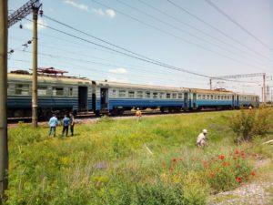 В Запорожской области на ходу загорелась электричка с пассажирами - ФОТО