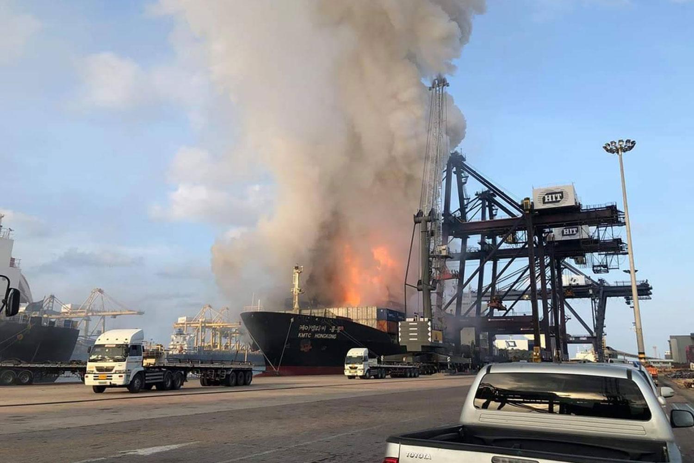В порту Таиланда прогремел взрыв: пострадали десятки человек - ФОТО