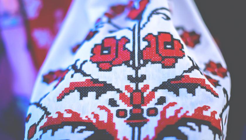 Кто из известных запорожцев появился на публике в национальной одежде ко Дню Вышиванки - ФОТО