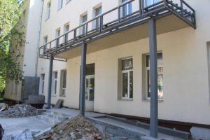 В Запорожье спустя три года подходит к завершению многострадальная реконструкция амбулатории в Шевченковском районе