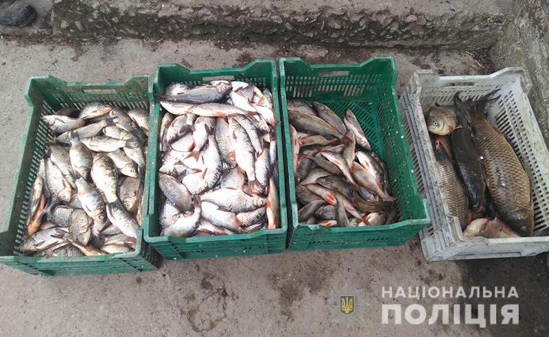 В Запорожской области полиция задержала двоих браконьеров, которые выловили рыбы на 20 тысяч гривен