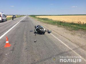 У Запорізькій області зіткнулися мотоцикл і легковик: є постраждалі - ФОТО