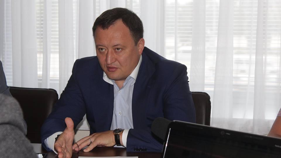 За останні півроку губернаторства Костянтин Бриль отримав дохід в 342 тисячі гривень