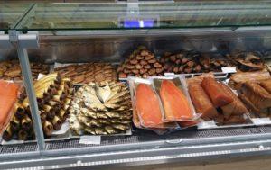В Запорожской области Госпродпотребслужба обнаружила в одном из магазинов рыбу, спровоцировавшую ботулизм