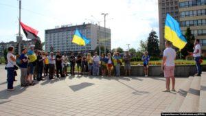 В центре Запорожья состоялась акция в поддержку украинских пленных и политзаключенных - ФОТО