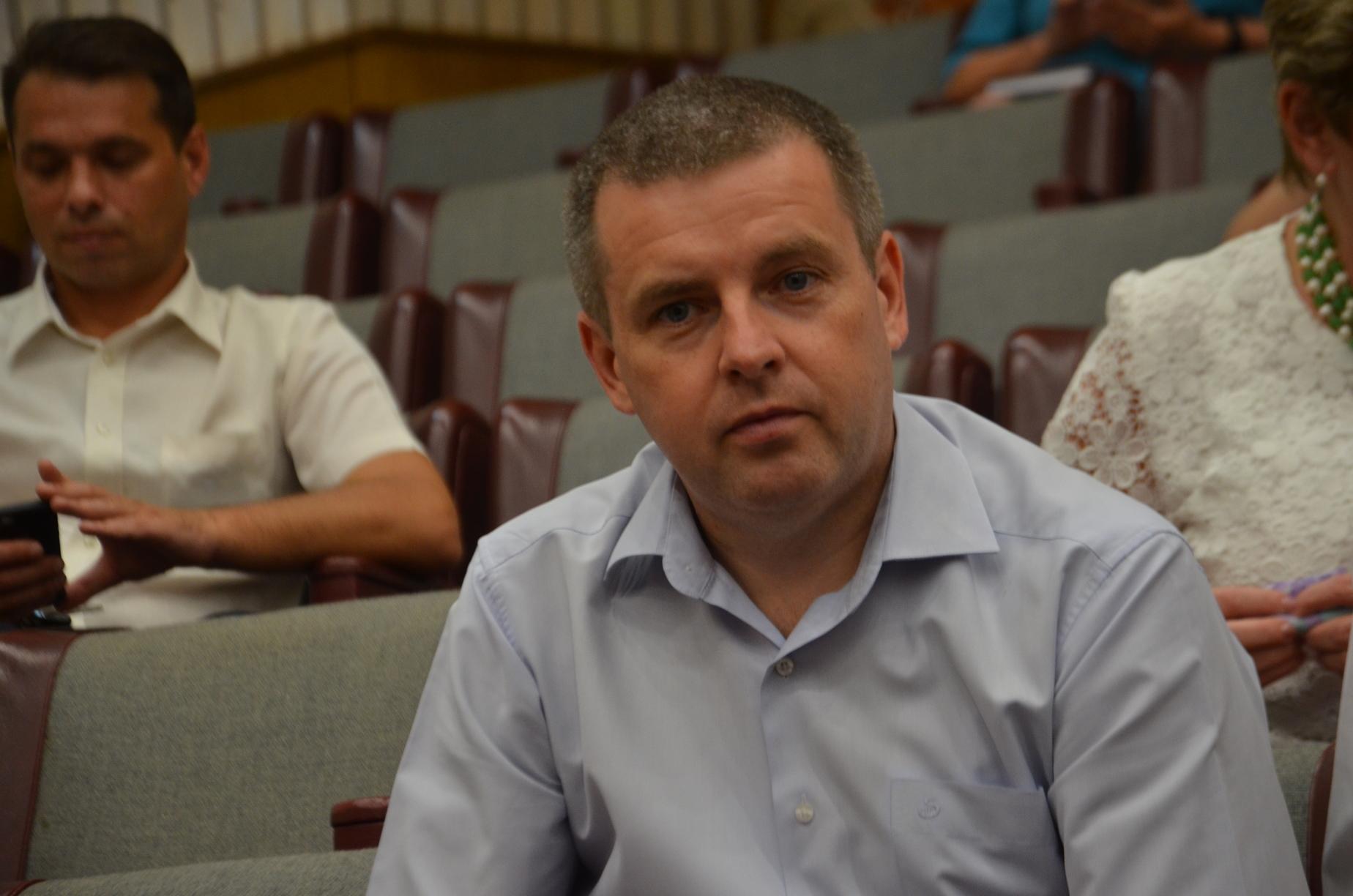 Сесія Запорізької обласної ради в обличчях - ФОТО