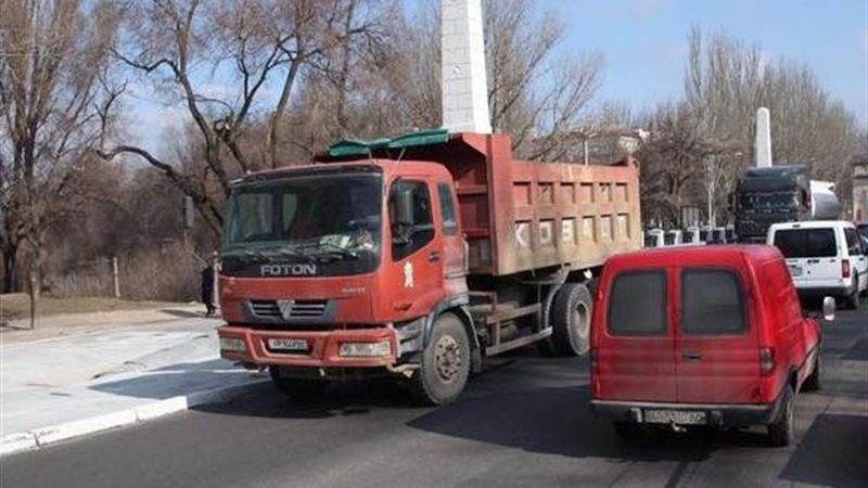 У Запоріжжі на проспекті Металургів на чотири дні перекрили рух