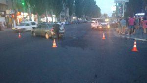 У Запорізькій області водій спровокував ДТП і відправив до лікарні двох молодих людей - ФОТО, ВІДЕО