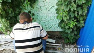 У Запоріжжі посадили під варту хлопця, який жорстоко побив поліцейських: його брата розшукують