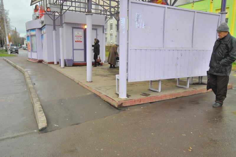 На Запоріжжі дорожники обіцяють встановити пандуси для людей з інвалідністю на автобусних зупинках