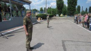 Запорожские призывники отправились служить в Президентский полк - ФОТО