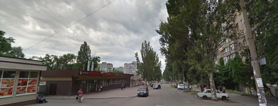 У Запоріжжі суд визнав магазин-кафе на Малому рынку «самобудом» і скасував його реєстрацію