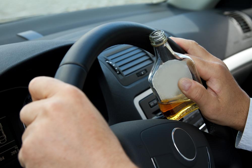 В Запорожье пьяный водитель хвастался перед полицией своими связями и пытался сбежать