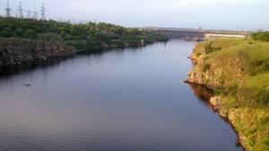 Порошкові фосфати, загибель риби та питна вода: в Запоріжжі обговорили забруднення води в річці Дніпро