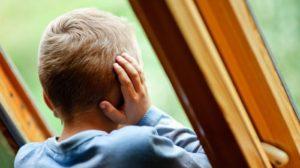 У Запорізькому районі 4-річний хлопчик впав з балкону: його доставили в лікарню