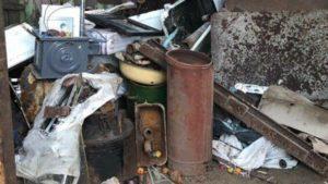У Запоріжжі з незаконного пункту прийому вилучили тонну металобрухту - ФОТО