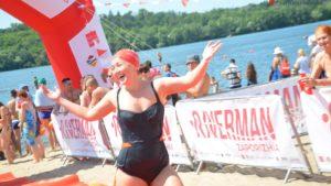 Медалі, емоції і справжня битва плавців: як у Запоріжжі пройшов масовий заплив через річку Дніпро - ФОТО